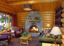 one-bedroom-log-cabin-interior